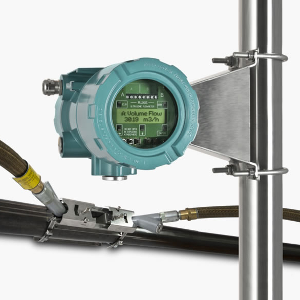 F808 Clamp-on flowmeter for Hazardous areas, IECEx approved